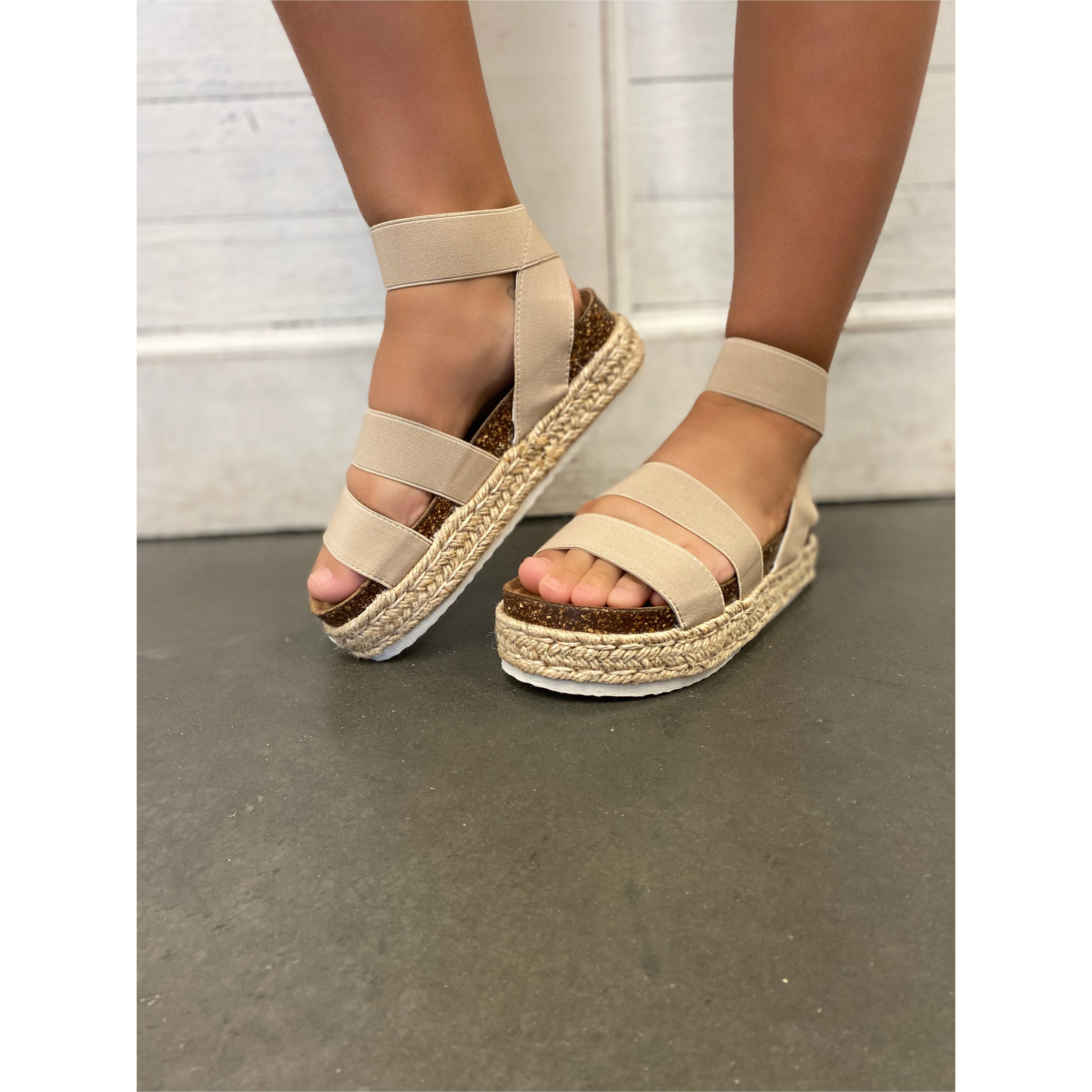 Mesa Woven Flatform Sandal in Nude