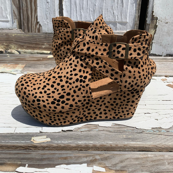 Cheetah Tahoe Wedge