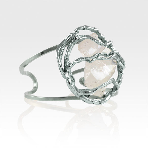 Angel's Nest Cuff Faden Quartz Silver Measurements