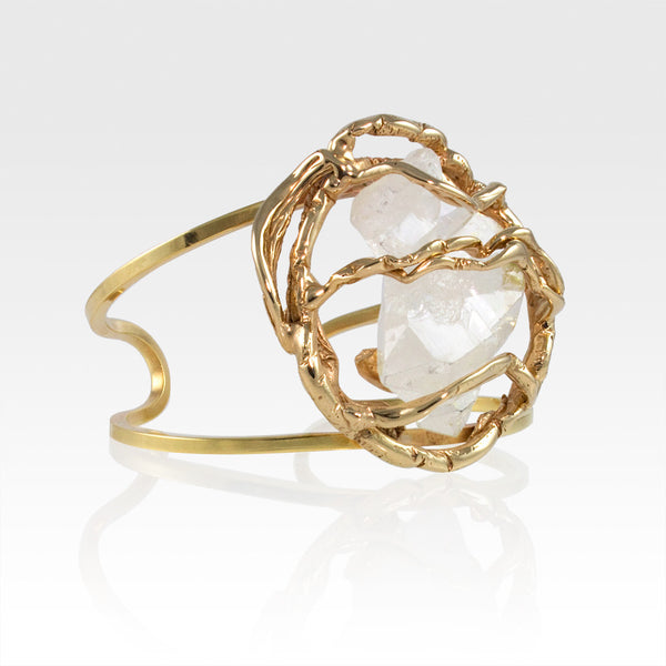 Angel's Nest Cuff Faden Quartz Side View