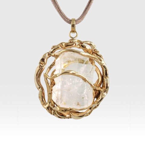 Angel's Nest Pendant Faden Quartz