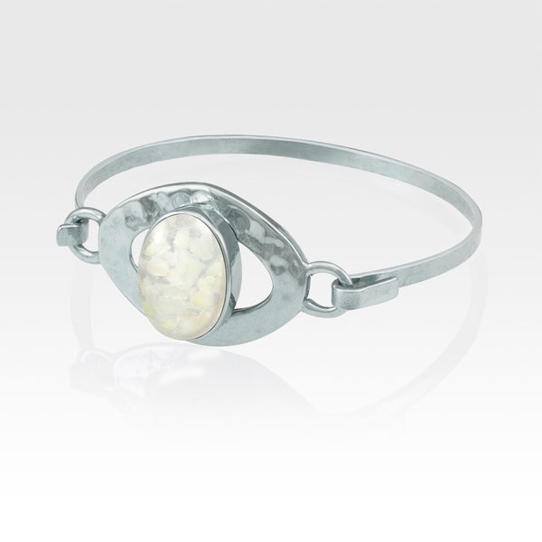 Hammered Bangle Vintage Glass White Silver