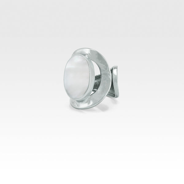 Hammered Ring Mother of Pearl Shell Silver