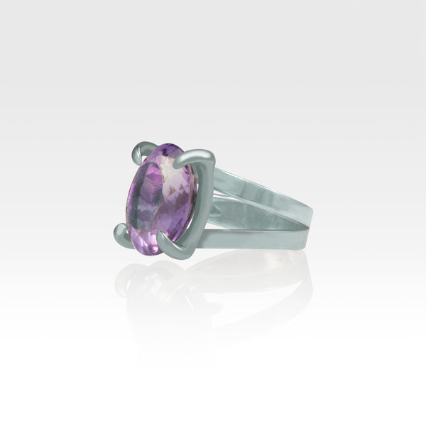 Multi-Facets Amethyst Oval Ring Silver Side View