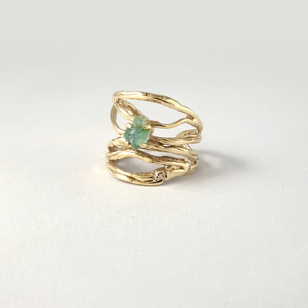 Twiglet Raw Emerald Ring Side