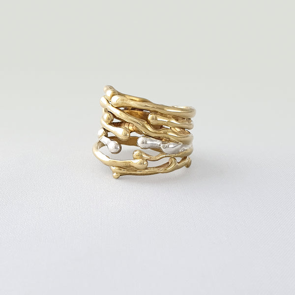 Waterfall Two Tone Ring Side