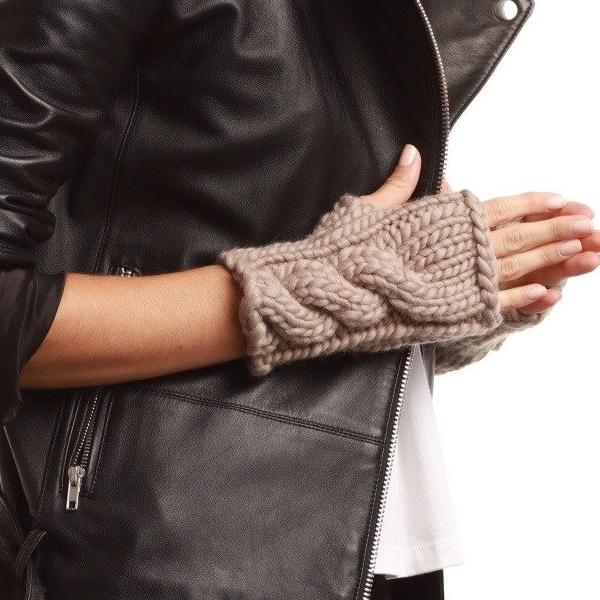 FREE PATTERN - The Beacon Mitts