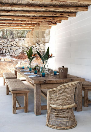 Our Favorite Outdoor Dining Tables
