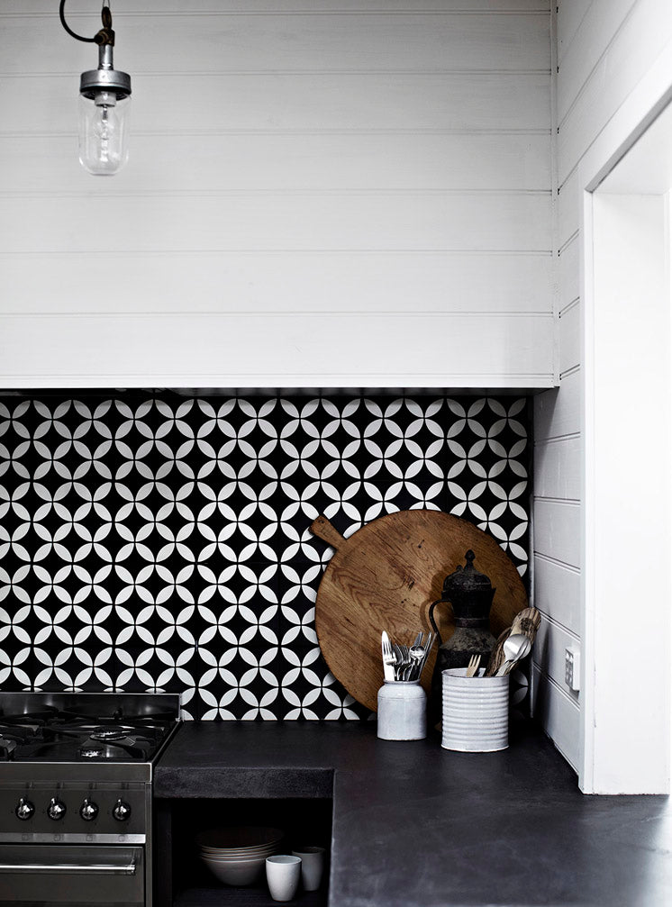 Grey Modern farmhouse black and white graphic tile kitchen