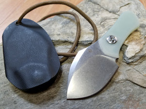 kizer thumbper neck knife