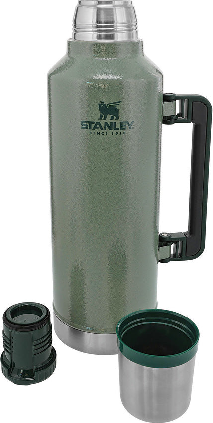 Stanley Legendary Green Dishwasher Safe Stainless Classic Bottle 2.5qt 7935001