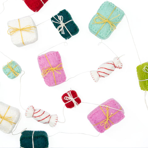 Felt Gift Package Garland