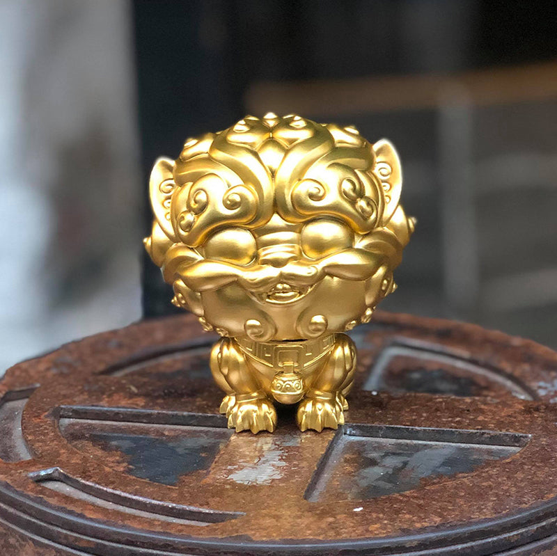 Shi-Shi the Tiny Guardian 4-inch Sofubi Vinyl Figure - Treasure Idol Gold Edition