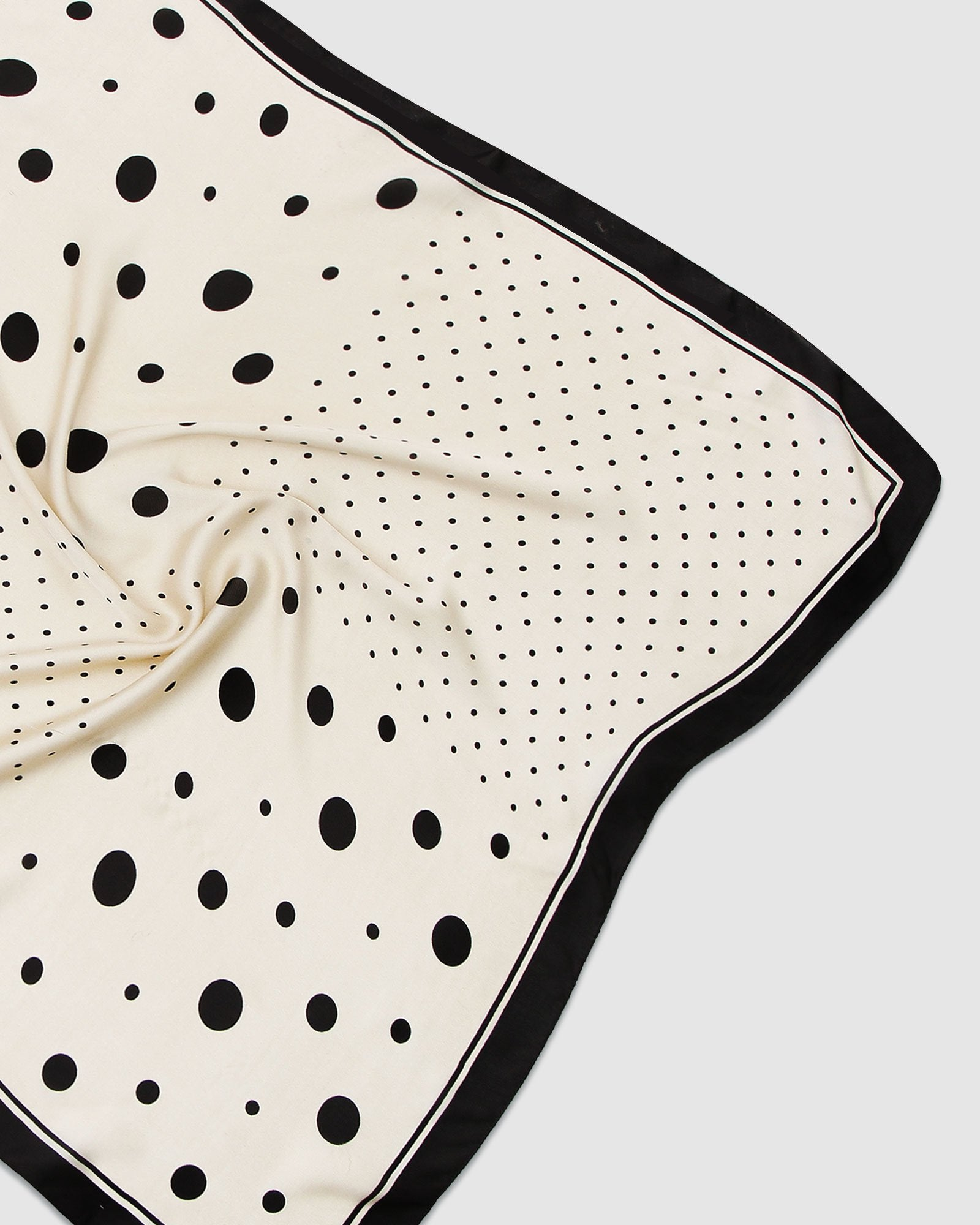 New Yorker Fashion Scarf - Dots