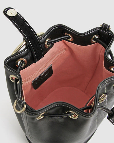 Rainbow_bucket_bag_black_leather_golden_ring_inside.jpg