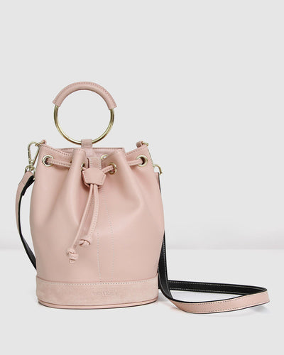 Rainbow_bucket_bag_leather_golden_ring_leather-strap.jpg