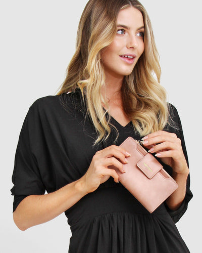 belle-&-bloom-waxy-leather-wallet-dusty-rose.jpg