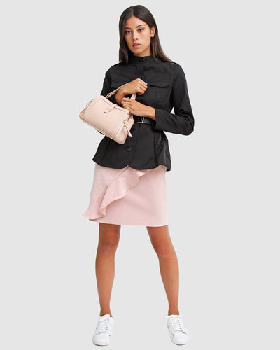 black-belted-jacket-with-pink-handbag.jpg