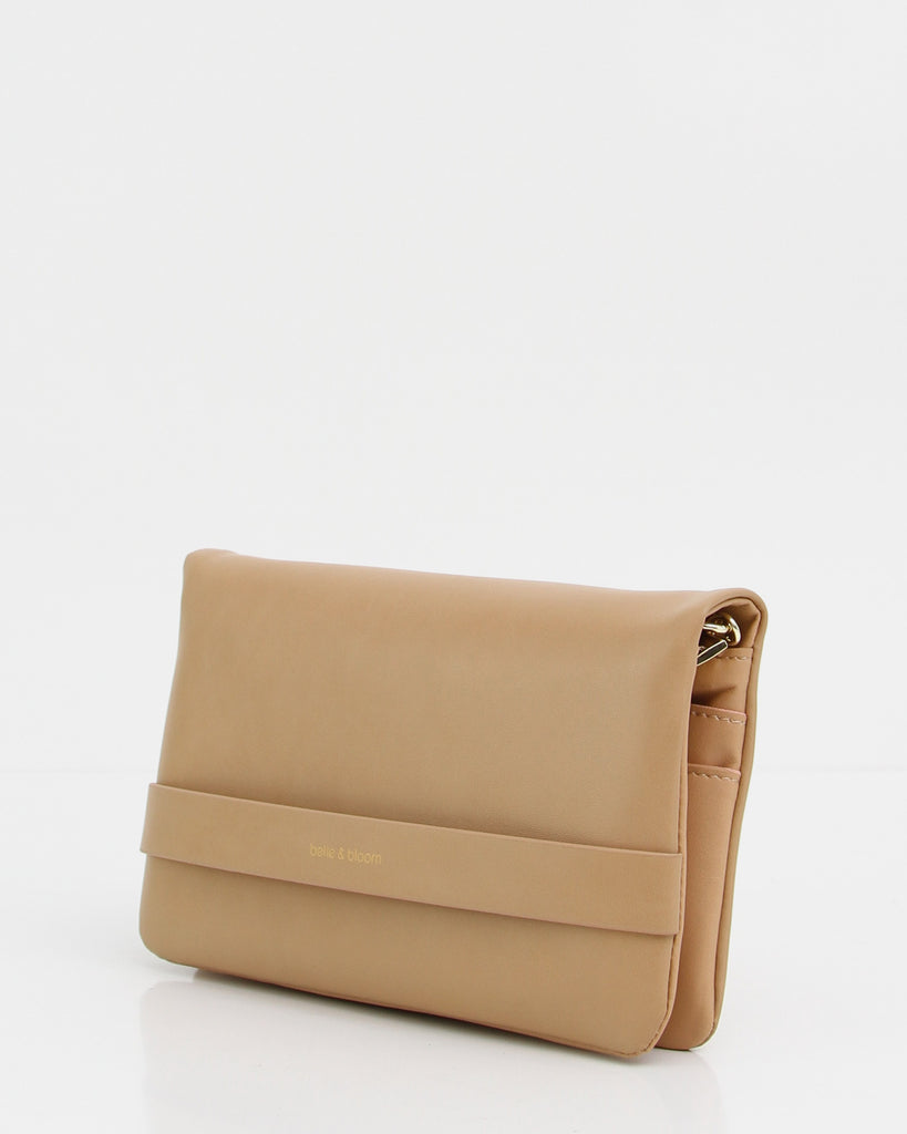 classic-tan-leather-clutch.jpg