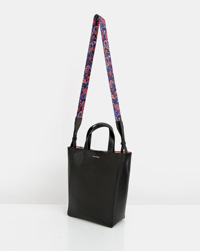 decorative-shoulder-strap-bucket-bag.jpg