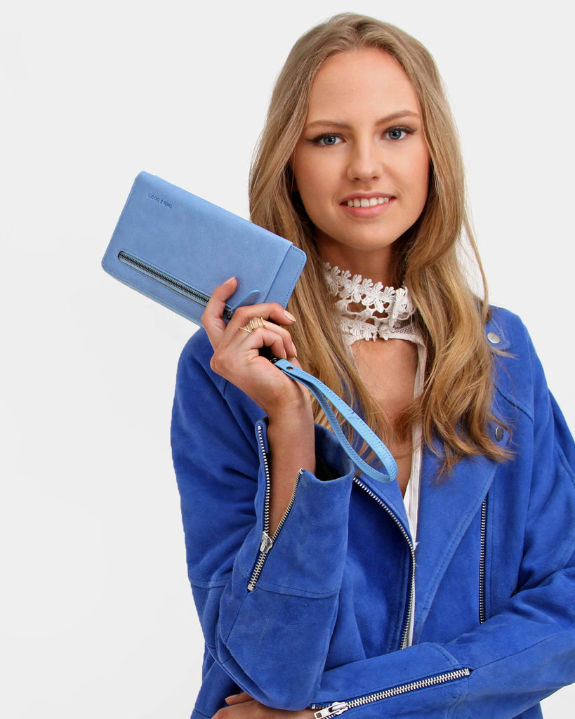 gorgeous-blue-leather-wallet.jpg