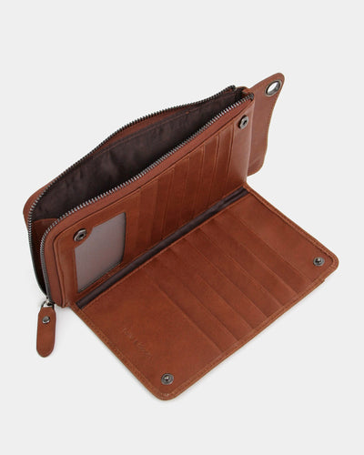 inside-brown-leather-wallet.jpg
