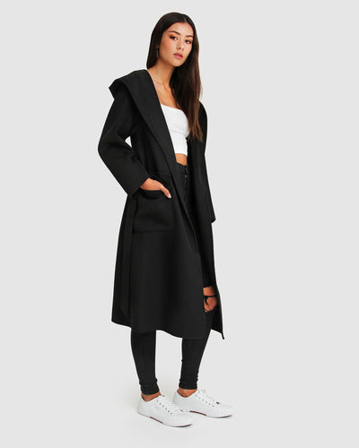 runaway-black-robe-coat-side-pocket.jpg
