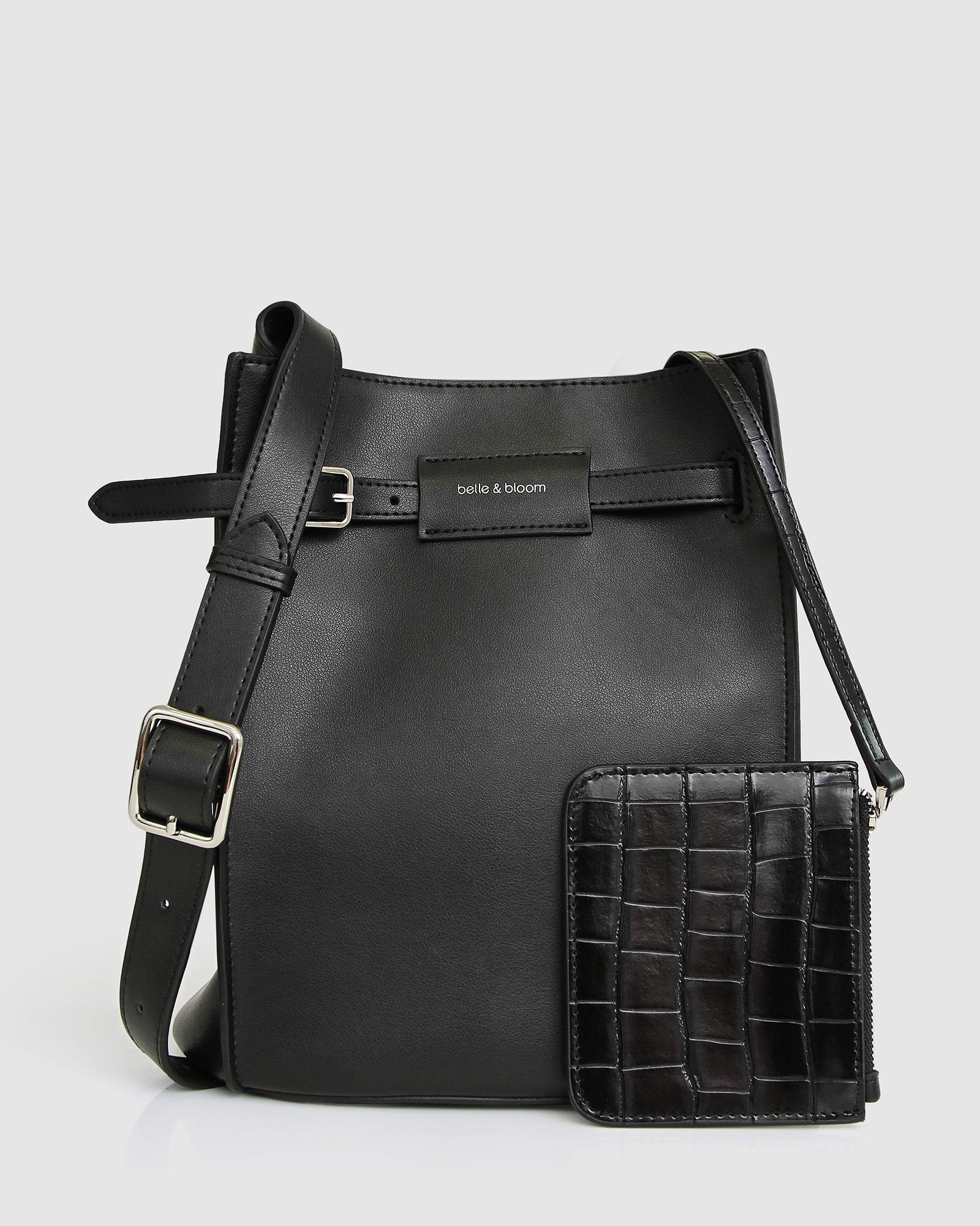 She's The One Leather Bucket Bag - Black