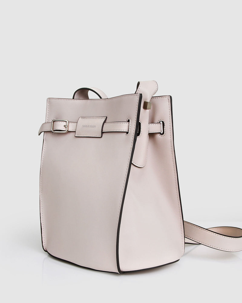 she's-the-one-eggshell-bucket-bag-pouch-front.jpg