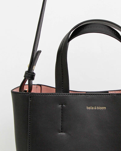 vlack-leather-tote-fine-finishing.jpg