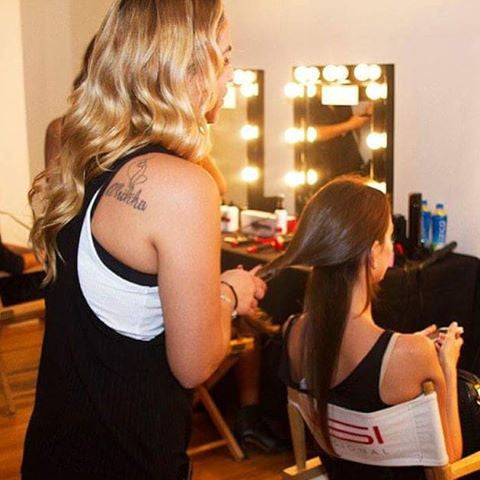 How to Properly Flat Iron the Back of your Hair