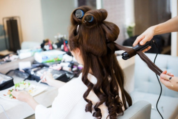 How to Choose the Best 220v Flat Iron for your Salon