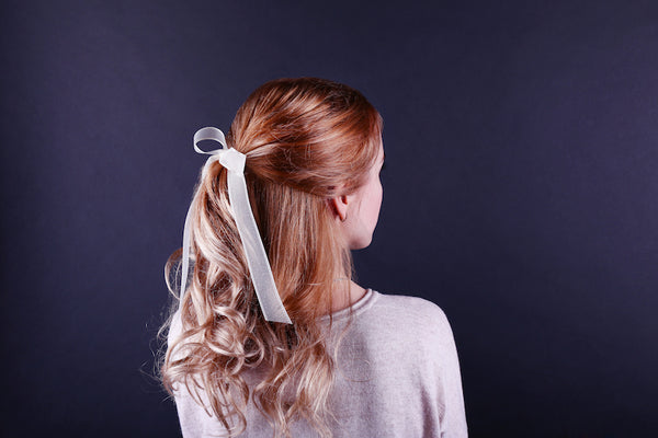 Bow in Ponytail | HSI Professional