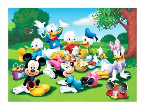300 pieces - Mickey Mouse Family - The Picnic