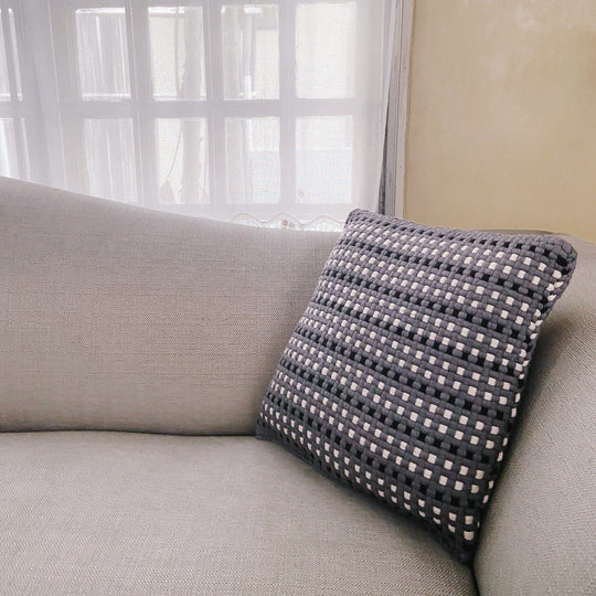 Pixel Pillows Stripes