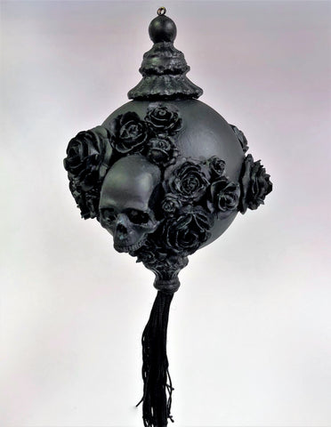 Venetian Christmas Ornament Skulls and Roses Black Image