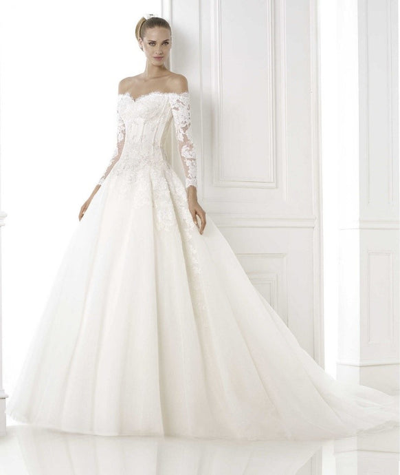Tips to choose the right wedding dress