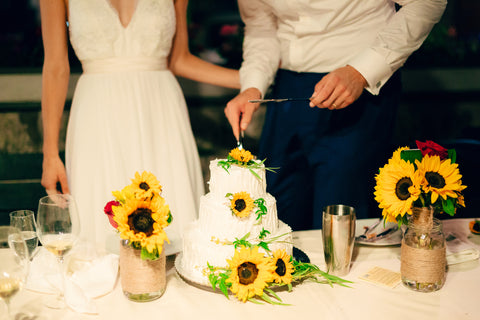 summer wedding colour scheme sunflower yellow