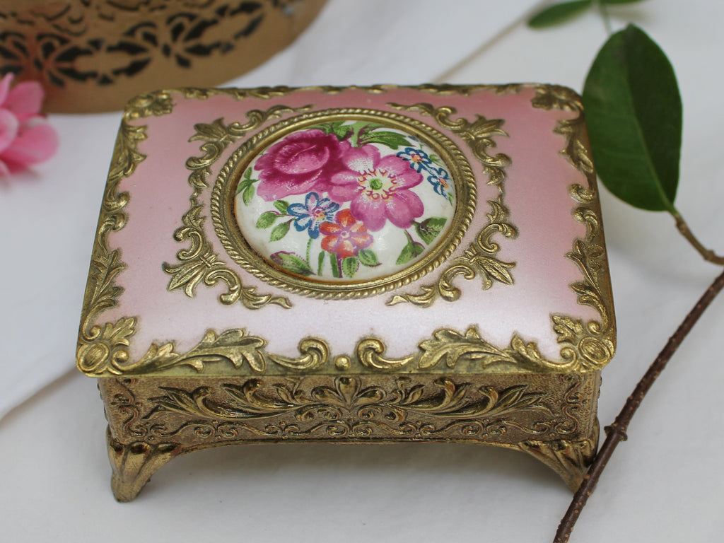 Vintage Pink and Gold Ring Box