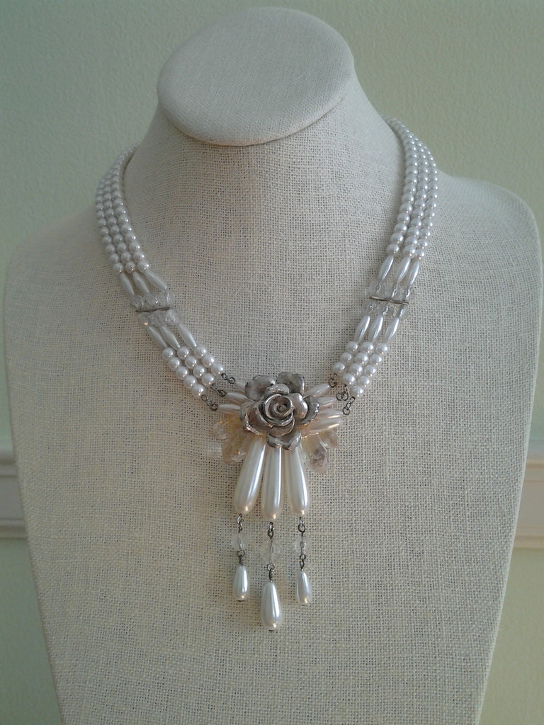 Vintage Pearl Necklace with Rose