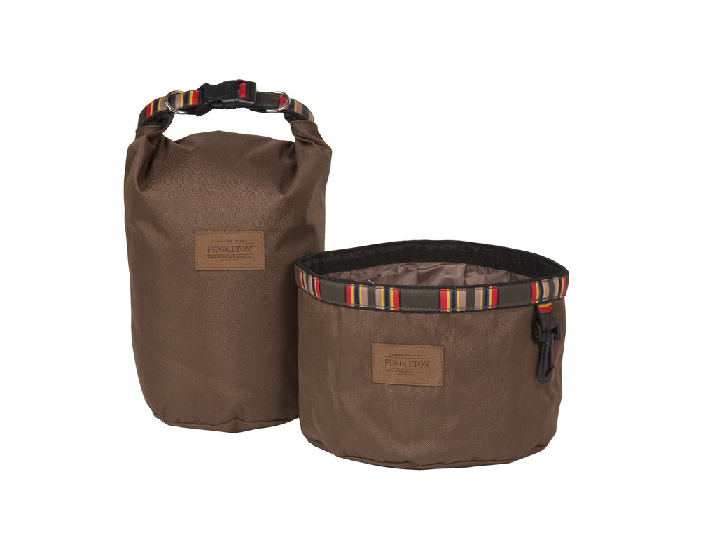 Pendleton Yakima Camp Travel Pet Food Bag and Water Bowl in Heather Green