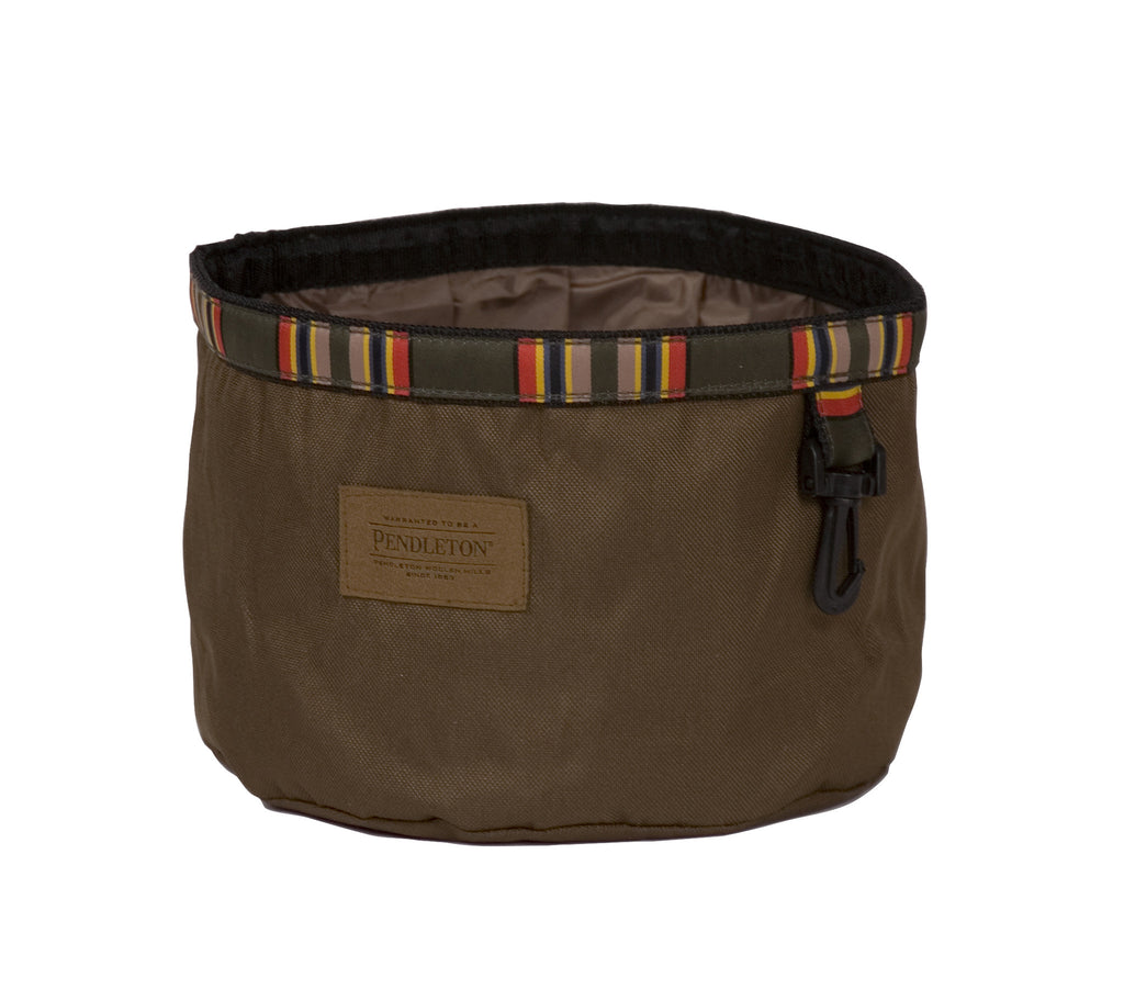 Pendleton Yakima Camp Travel Water Bowl in Heather Green