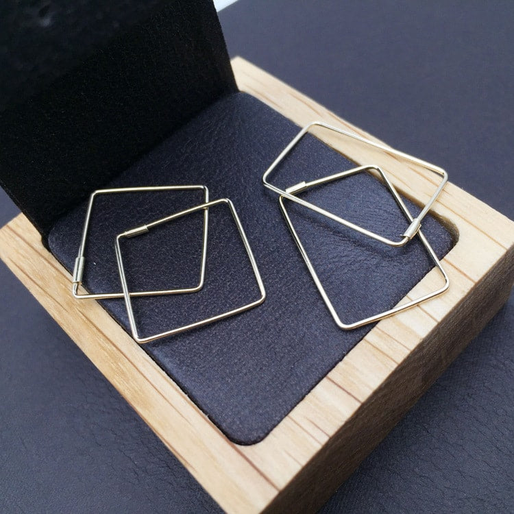Solid 10K Gold Simple Plain Geometric Hoop Earrings