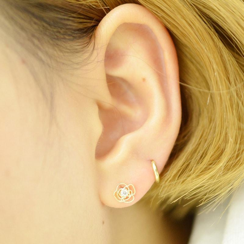 Solid 10K Gold Hollow Roses Stud Earrings 2