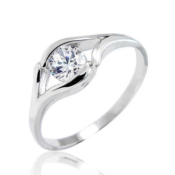 Sterling Silver 0.8 Carat CZ Fashion Solitaire Ring