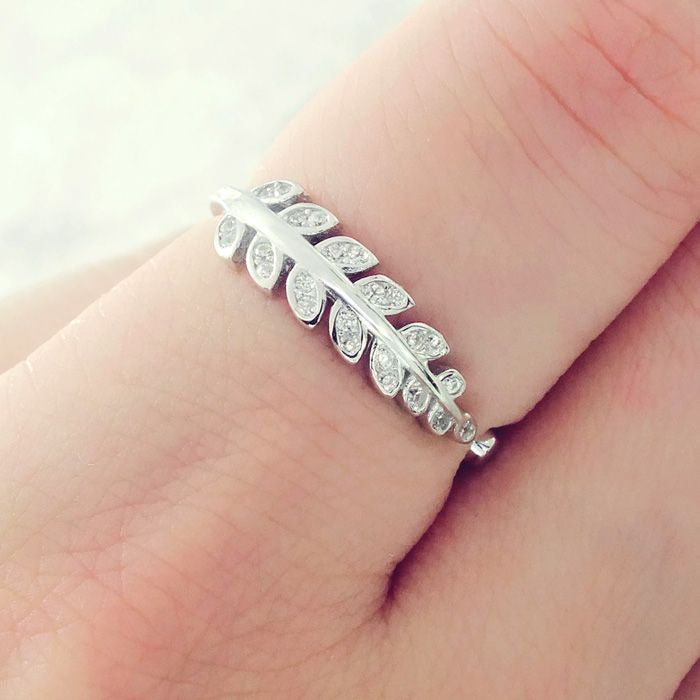 Cubic Zirconia Sterling Silver Leaf Ring 2