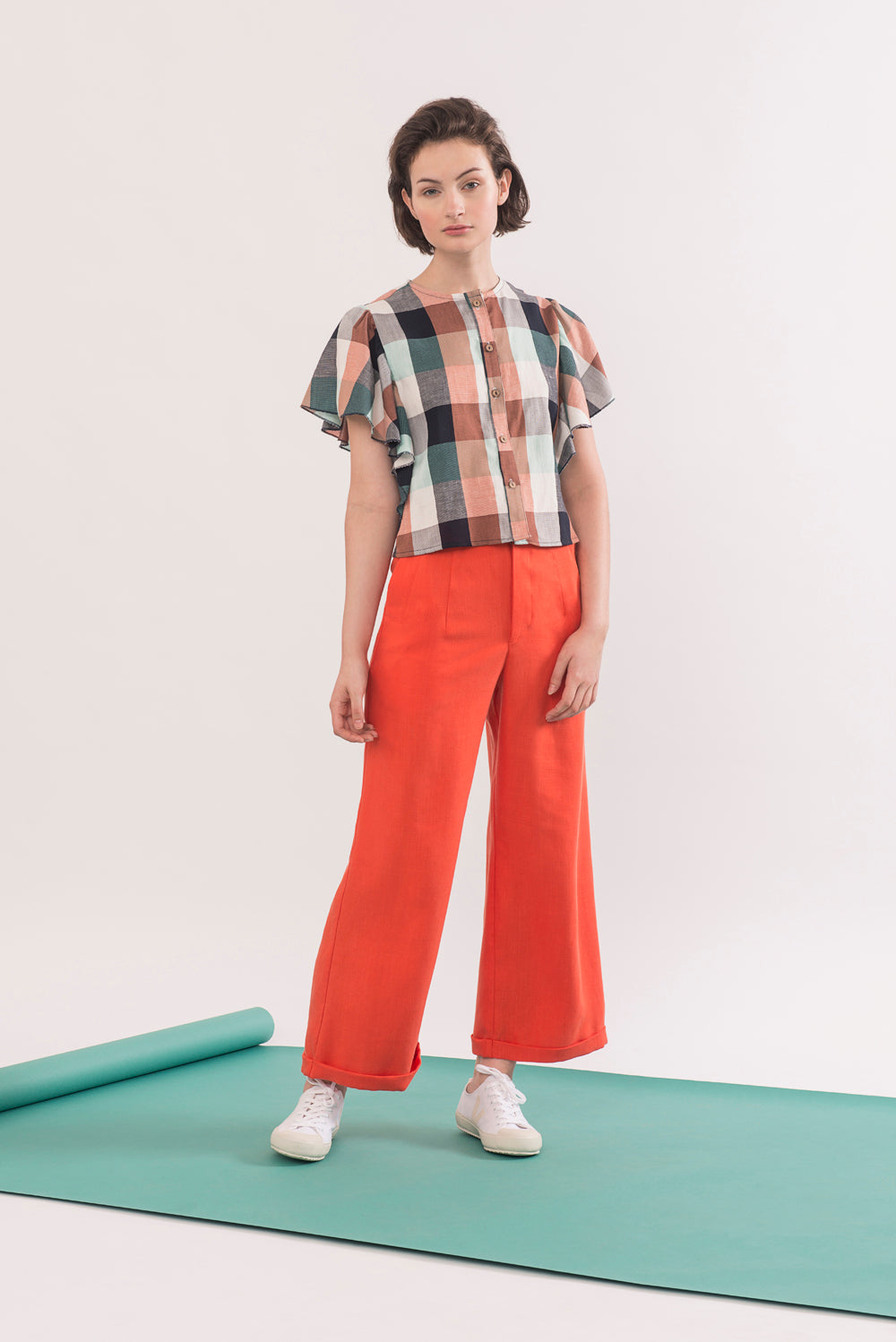 Agnes Trouser by Jennifer Glasgow, Carrot, long fly, flared leg, organic cotton twill, eco fabric, OEKO-TEX Standard 100, sizes XS to XL, made in Montreal Canada