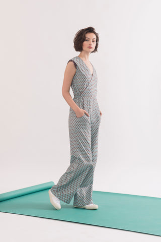 Motherwell Jumpsuit by Jennifer Glasgow, Sage print, cross-over front, cap sleeves, front pockets, elastic waist, French cotton poplin, eco fabric, OEKO-TEX Standard 100, sizes XS To XL, made in Montreal