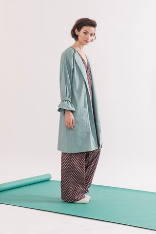 Arbus Jacket by Jennifer Glasgow, Seafoam Green, knee-length, broad collar, cinched cuffs, removable belt, eco fabric, OEKO-TEX Standard 100, sizes XS to XL, made in Montreal