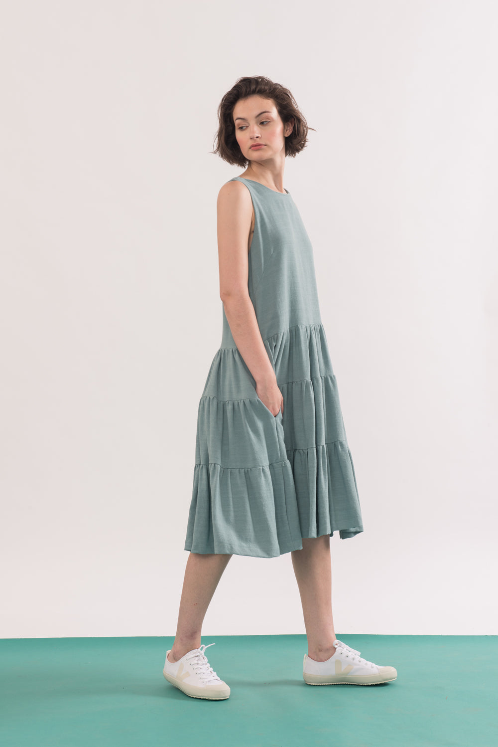 Chagall Dress by Jennifer Glasgow, side view, Seafoam, sleeveless, three-tiered, pockets, rayon and linen, sizes XS to XL, made in Montreal